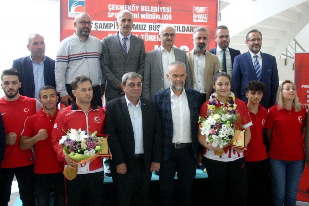 Büşra Işıldar Madalya Kutlaması