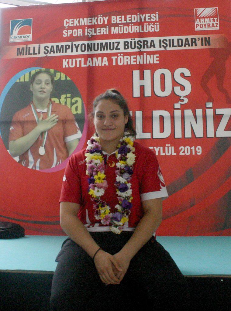 Gençler Avrupa Boks Şampiyonu Büşra Işıldar