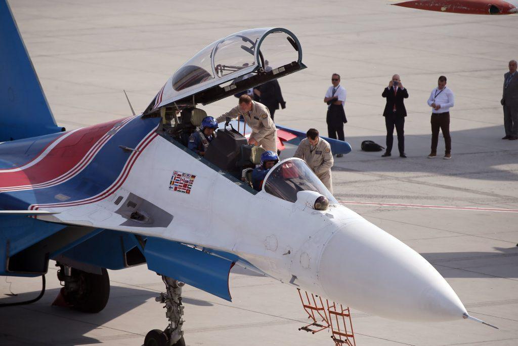Rus Su-30 Kokpit
