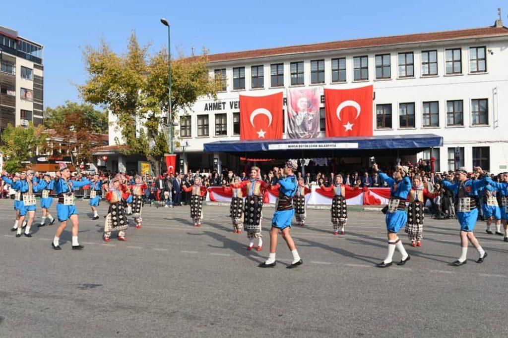Bursa Cumhuriyet Bayramı Halk Oyunları Gösterileri