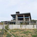 Bursa'da kaçak villa yıkılıyor