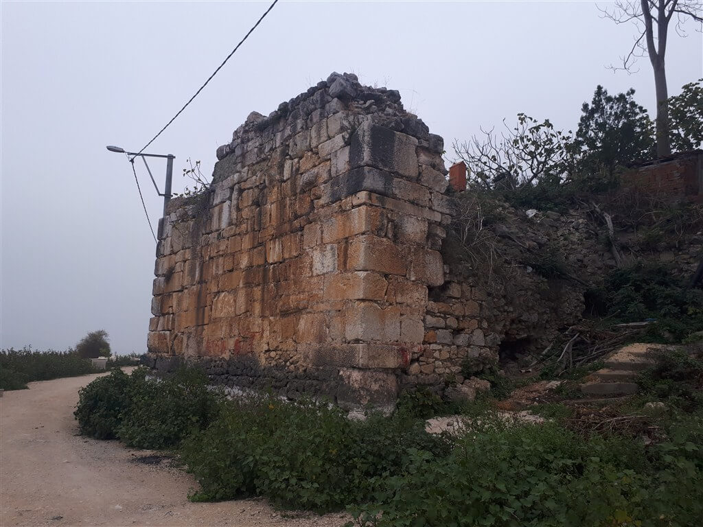 Gölyazı Tarihi Surlar