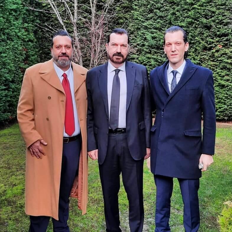 Hakan Bayrakçı, Oğlu Mesut Bleda Bayrakçı ve Kardeşi Mehmet Bayrakçı